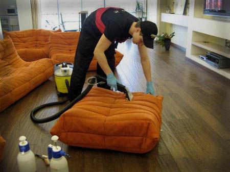 чистка мебели в барах киева